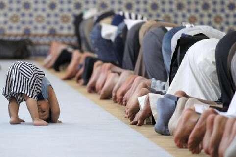 حکم بردن کودکان به مسجد