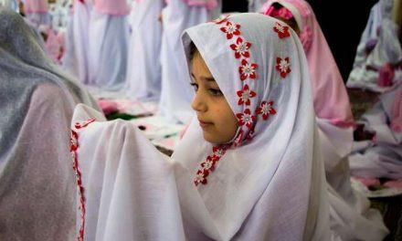بیدار کردن فرزندان برای نماز