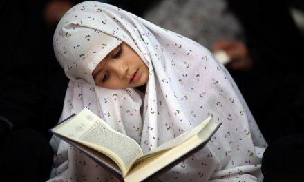 خواندن قسمتی از آیه سجده دار