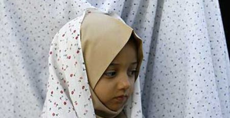 بیدار کردن فرزندان برای نماز٬